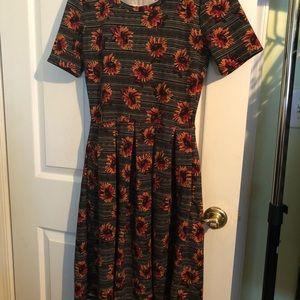 Dresses & Skirts - SUNFLOWER AMELIA LULAROE